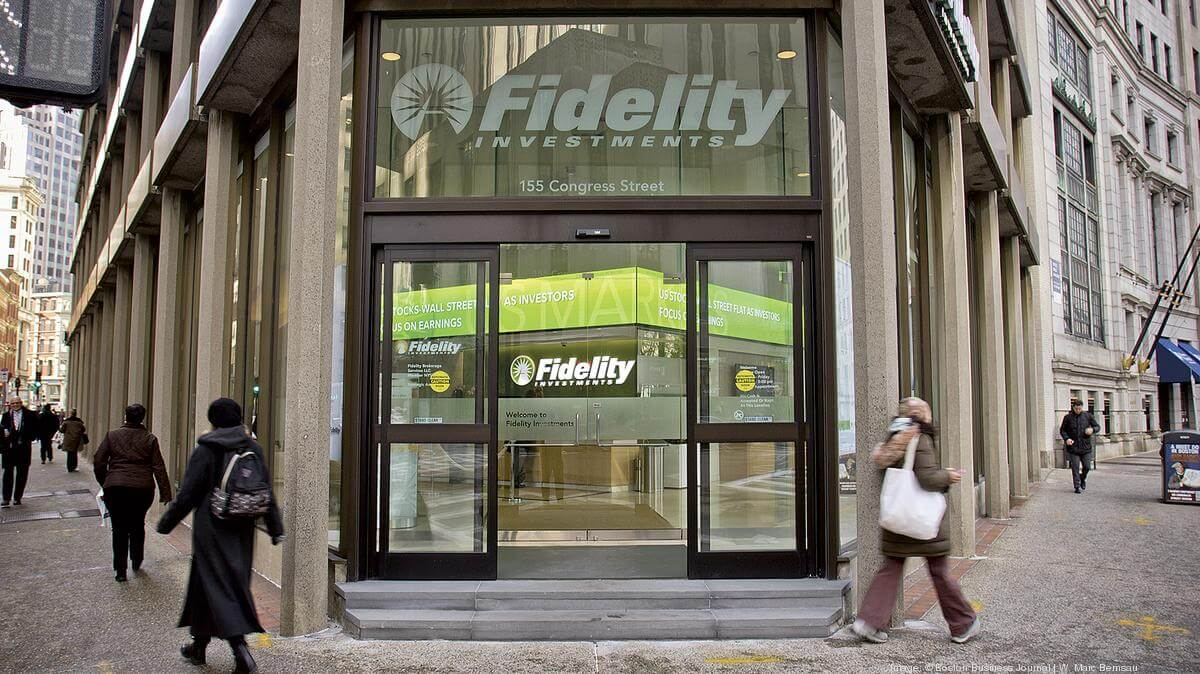Fidelity is considering to enter the crypt market.